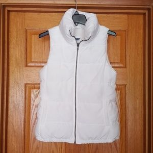 OLD NAVY WHITE QUILTED ZIP FRONT VEST - EUC